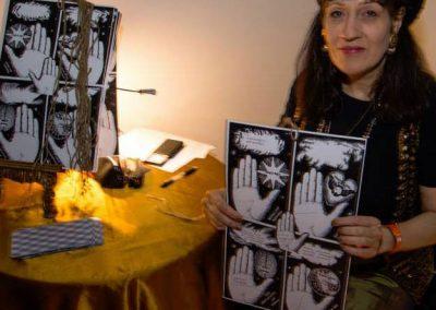 astrologer-for-hire-Victoria-Martin-tarot-reading