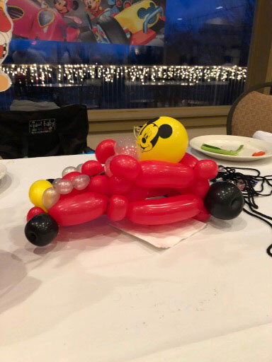 balloon-artists-for-hire-Roadser-Balloon