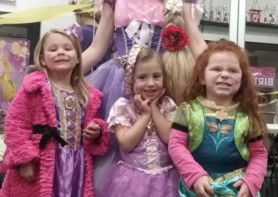 birthday-party-entertainers-for-hire-Rapunzel-and-Kids-min
