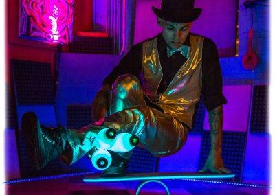 jugglers-for-hire-Top-Hat-Spectacular-June-3