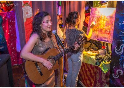 live-artists-for-hire-Leah-Music-and-Art