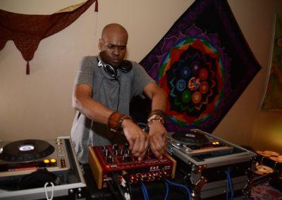 music-dj-for-hire-DJZ-1