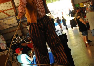 stilt-walkers-for-hire-Kevin-Cowboy
