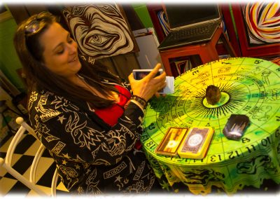 tarot-cards-readers-for-hire-2